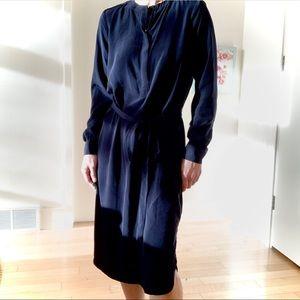 BANANA REPUBLIC Classic Chic Midi Dress